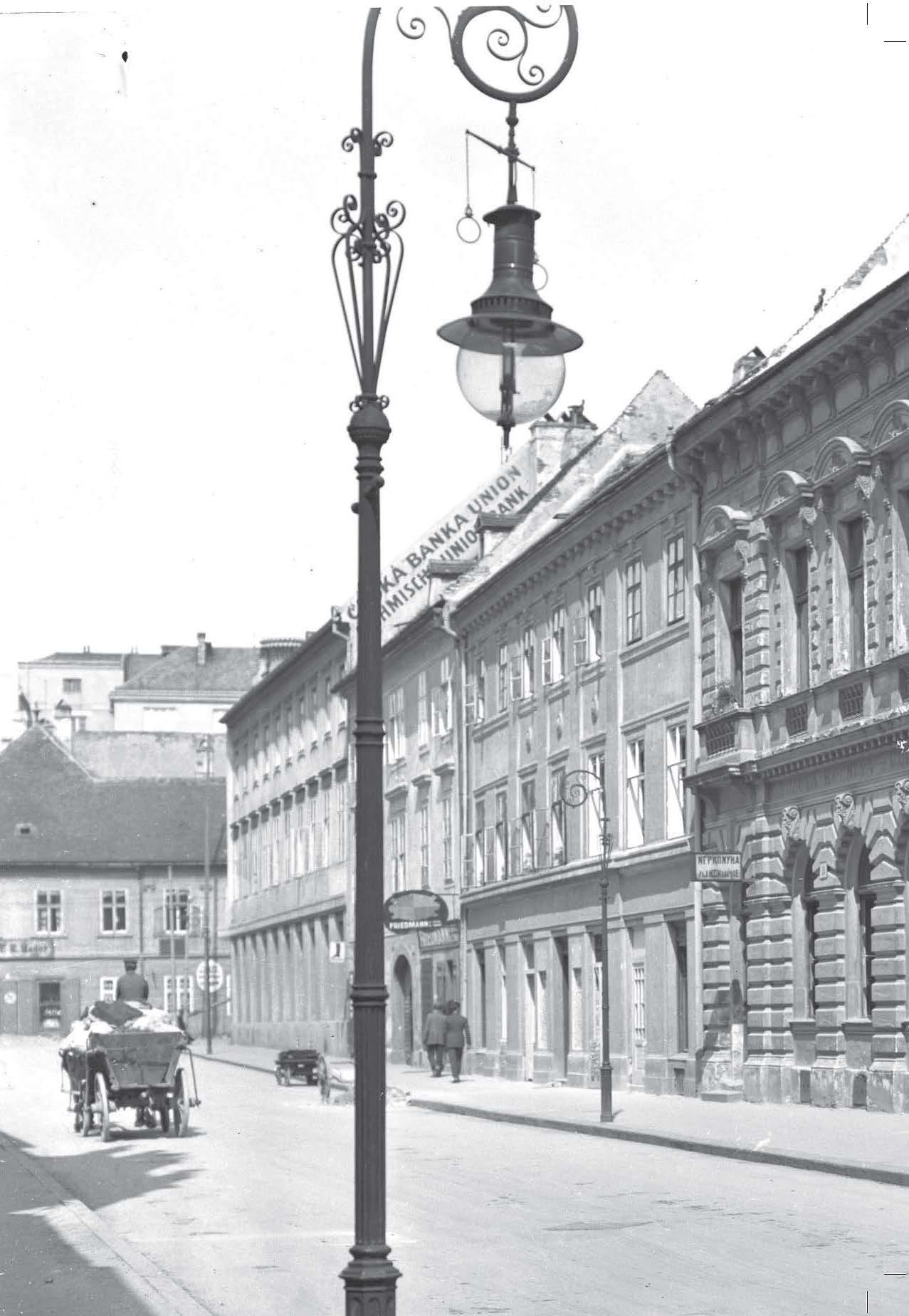 Lampy verejného osvetlenia v Bratislave 3